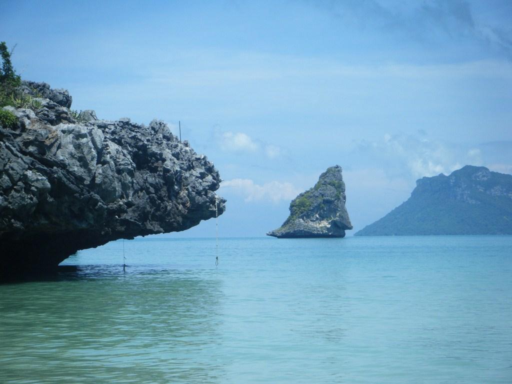 Paysage de rêve en Thaïlande. Le bleu du lagon
